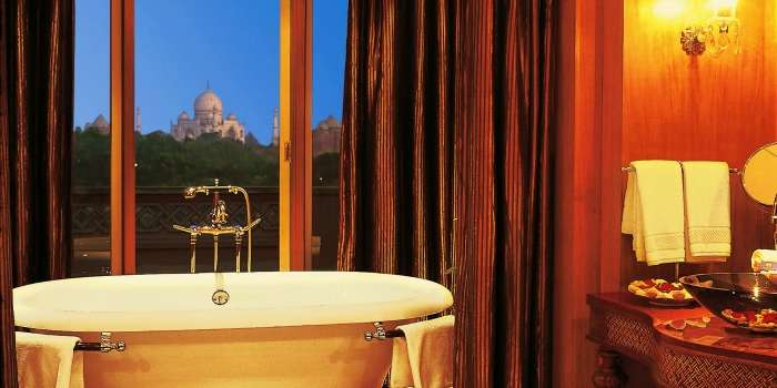 Enjoy luxury at the Oberoi amarvilas in Agra