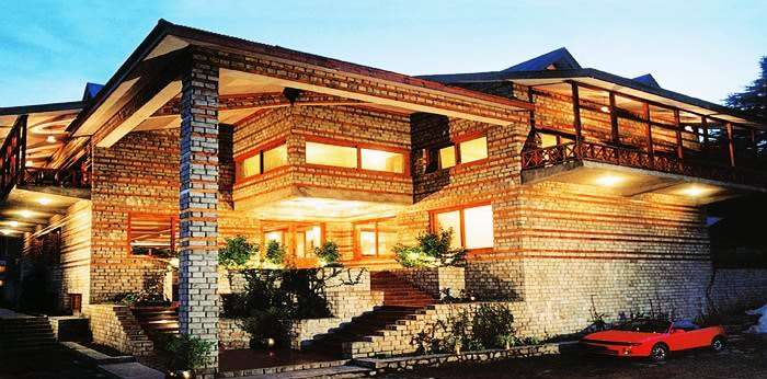 Head to Banon resorts, one of the best hotels in Manali for honeymoon