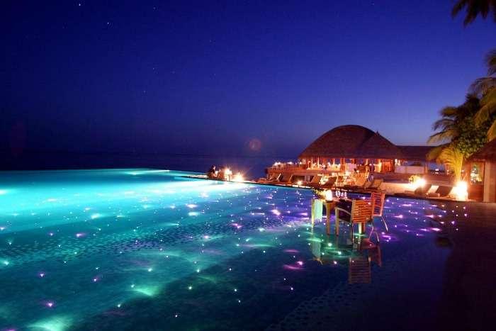 Infinity pool at Huvafen Fushi Maldives