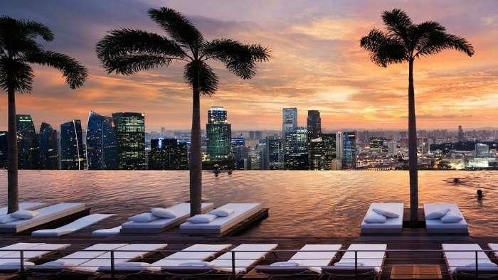 Infinity pool at Marina Bay Sands, Singapore