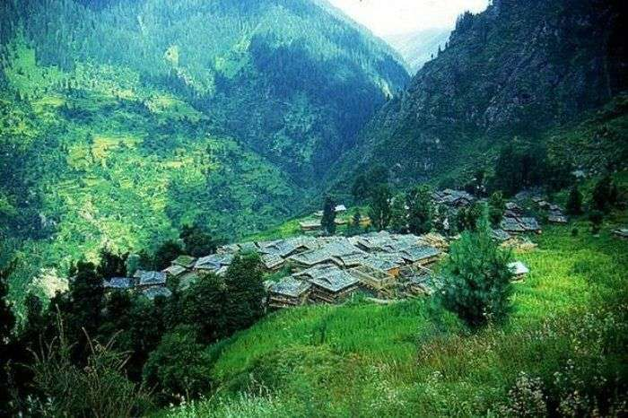 Chill in Malana instead of Manali