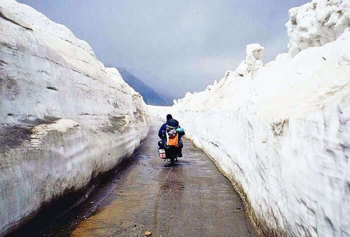 Bike ride in Rohtang pass
