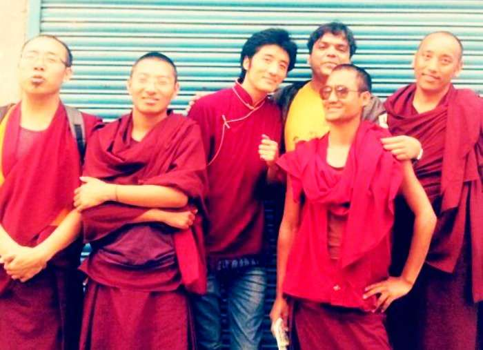 Befriend a monk in Mcleodganj