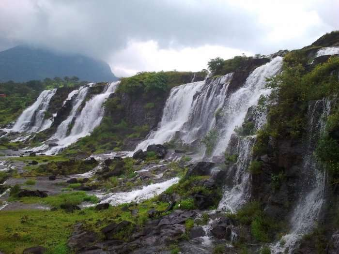 View of Bhandardara waterfalls