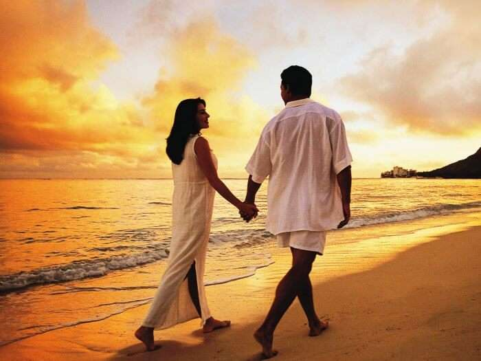 Kovalam beach is amongst the best honeymoon places in India in August, September & October.