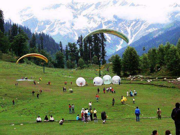 Adventure Activities in Solang Valley is one of the best tourist places to visit in Himachal Pradesh