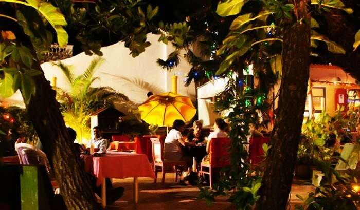 Le Club is one of the best places to visit in Pondicherry for some delicious French cuisine