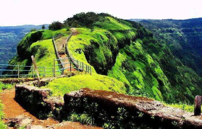 Relish the views of the valley from Arthur's seat at one of the best honeymoon places in India in August & September