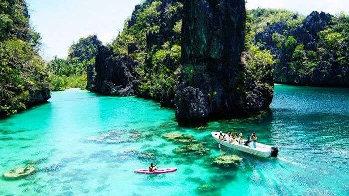 The azure waters of Palawan in Philippines