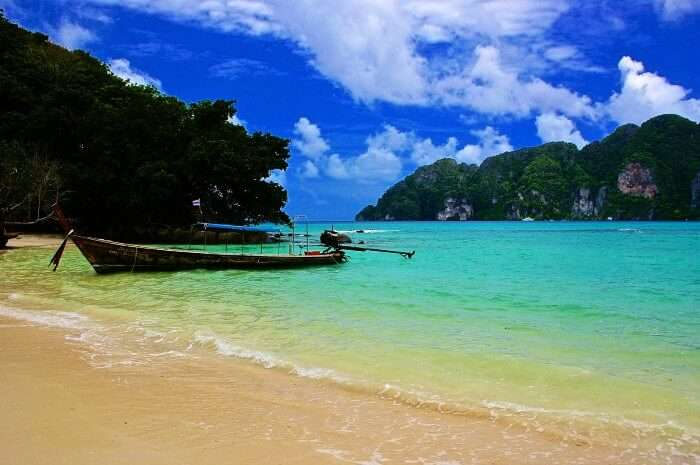Phuket is the best island in Thailand for honeymoon