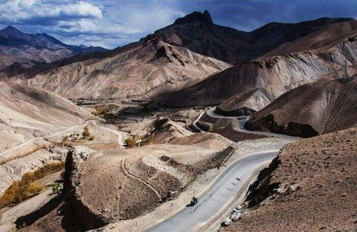 Ride on the roads of Ladakh