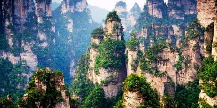 Spectate at the natural wonders of Tianzi mountains in China