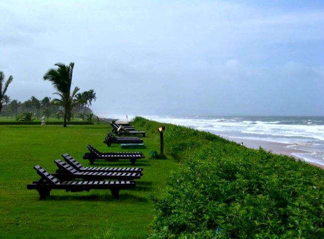taj-exotica-goa-beach