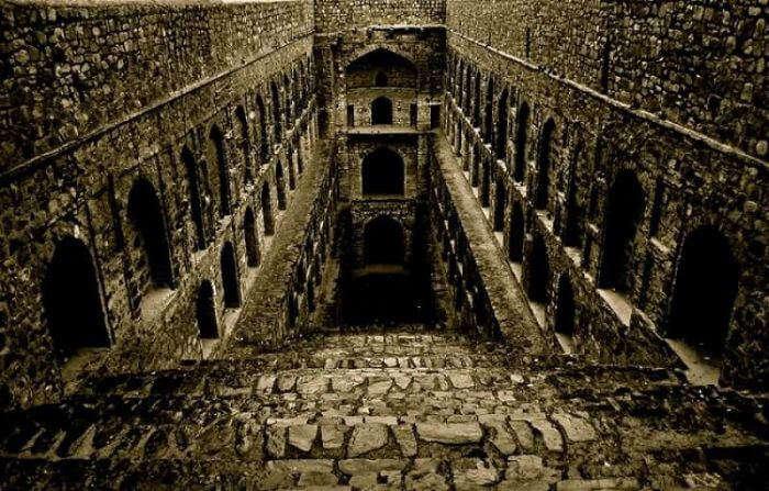 The most haunted place of Delhi-Agrasen ki Baoli