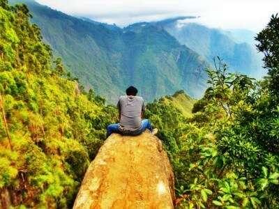 Go trippin' & get high in Vattakanal-Karnataka
