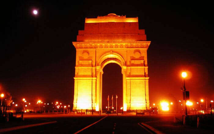 The most romantic place in Delhi at night, India Gate