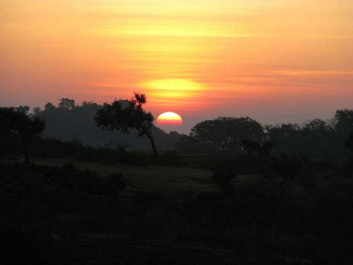 The memorable sunrise in Mount Abu