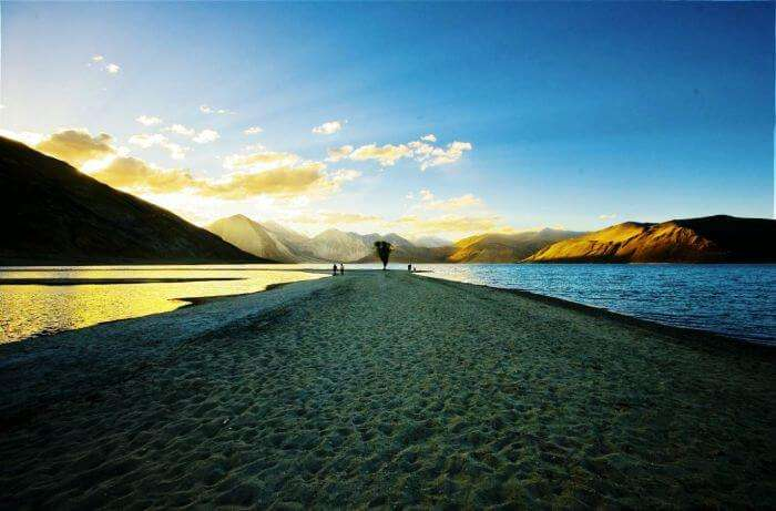 The spectacular sunrise in Pangong Tso of Ladakh