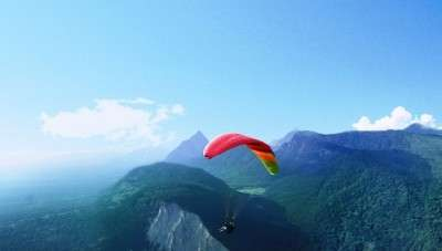 Planning an adventurous weekend outing near Chennai, head to Yelagiri hills for paragliding