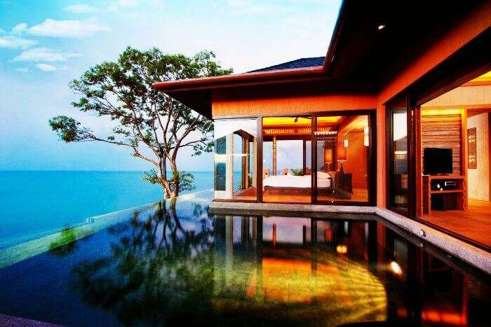 The cozy Sea facing room with an infinity pool in Sri Panwa Phuket