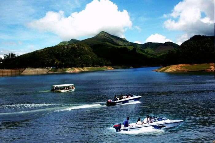 Speed boats in Thekkady