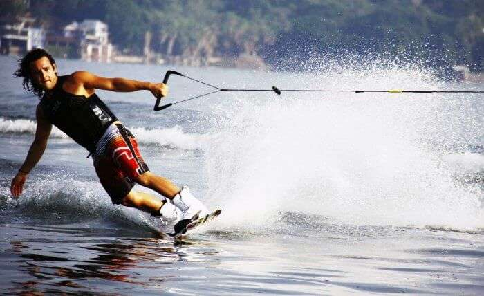 Wakeboarding in Goa
