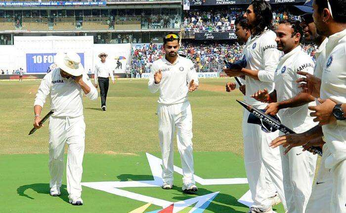 GOD of Cricket gets emotional while the teammates give him a walking guard of honor.