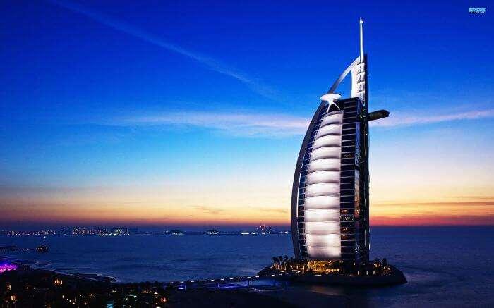 Burj Al Arab in Dubai - Most Expensive 7 Star Hotel Of The World