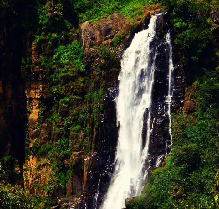 Devon Falls is 19th among the highest waterfalls in Sri Lanka