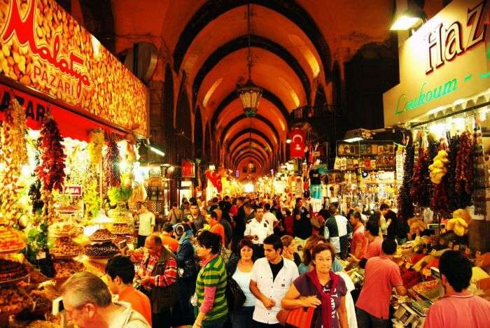 The Egyptian Market – the second largest shopping place in Istanbul