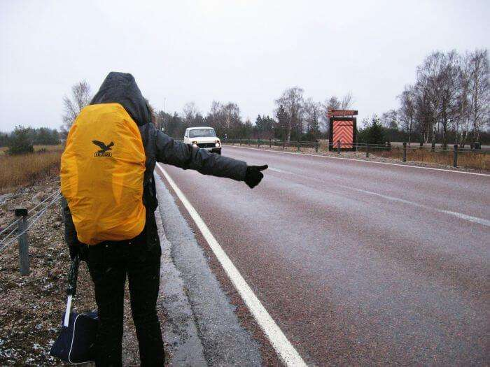 Hitchhiking; best way to travel for free around the world