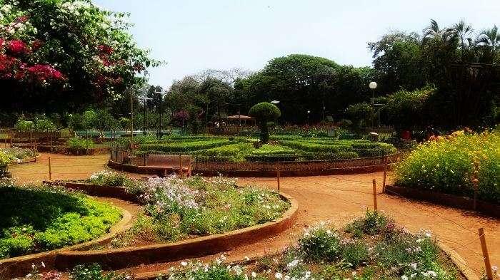 Kamla-Nehru-Park