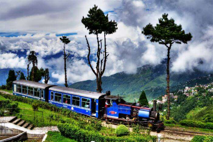 Kurseong Toy Train heading towards the station