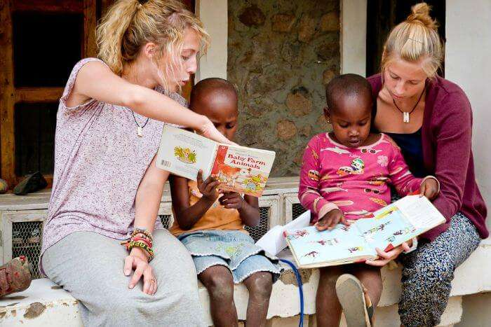 Volunteering work; how to travel world for free