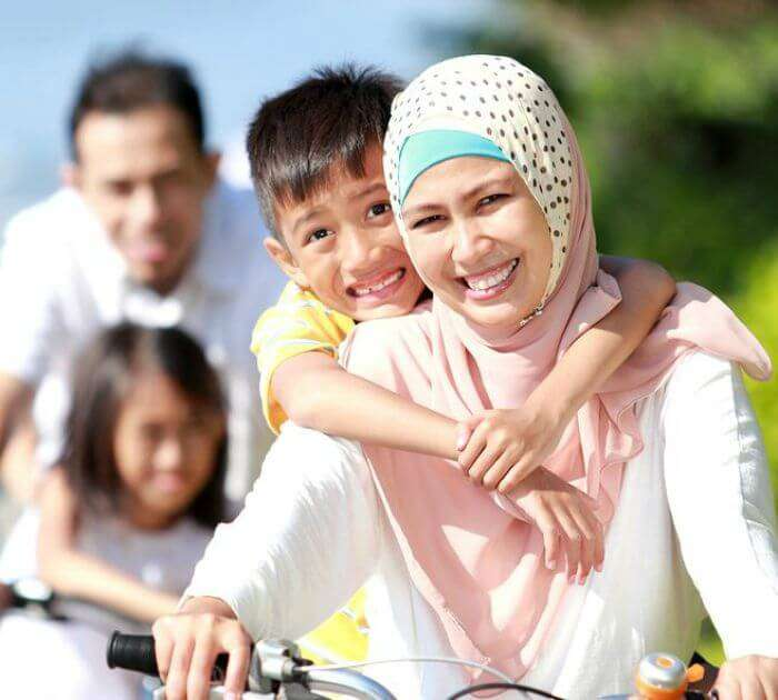 Happy and worry-free families due in Dubai due to efficient government process which are not delayed