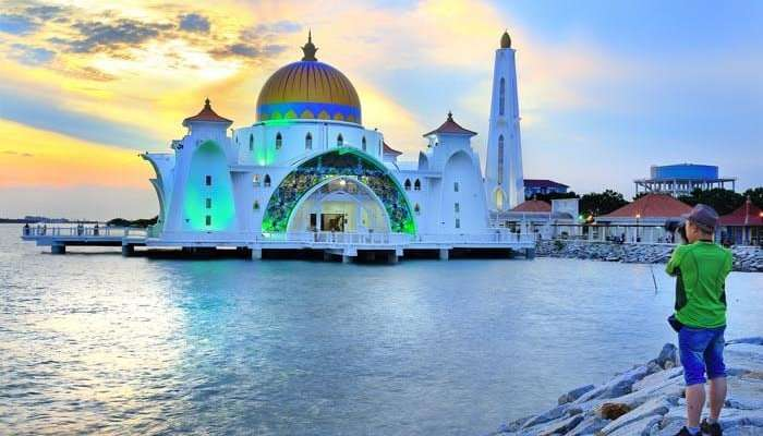 Floating-mosque