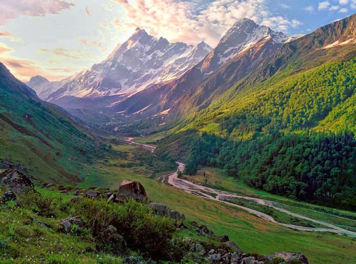 One of the best hiking trails – Har ki Doon Valley of Uttarakhand