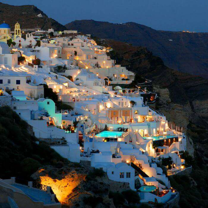 The spectacular Katikies Hotel in Greece