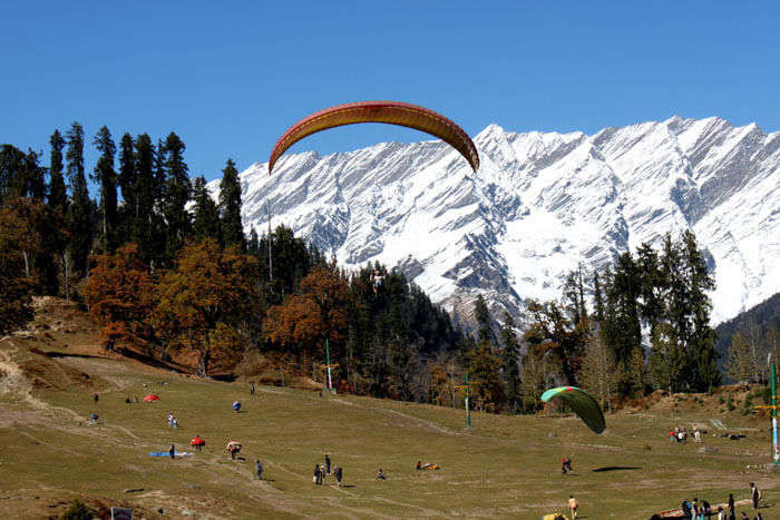 Solang Valley's landing spot for paragliding in Manali