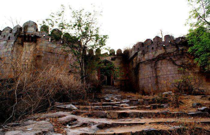 Ruins of the Medak fort in Nizamabad
