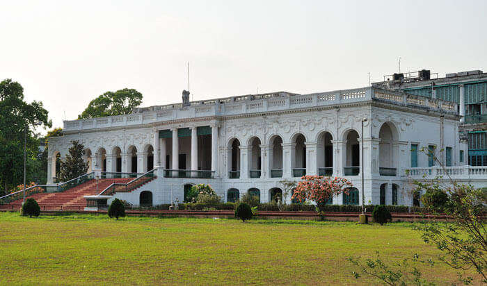National Library at Belvidere Road is one of the most haunted places in Kolkata