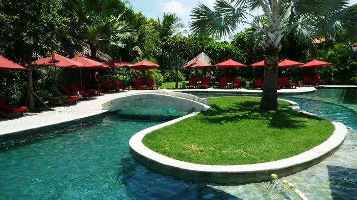 Pool at Ramada Resort, Benoa