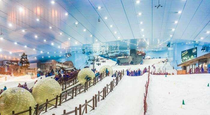 World's top indoor resort – Ski Dubai