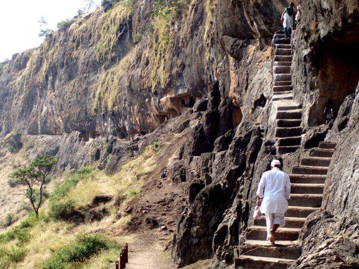 Trekking among the lenyadri caves