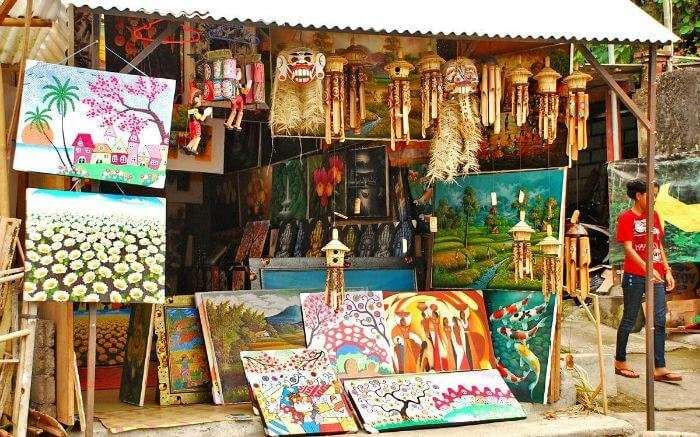 Tegallalang Handicraft Village is one of the best Bali shopping centers
