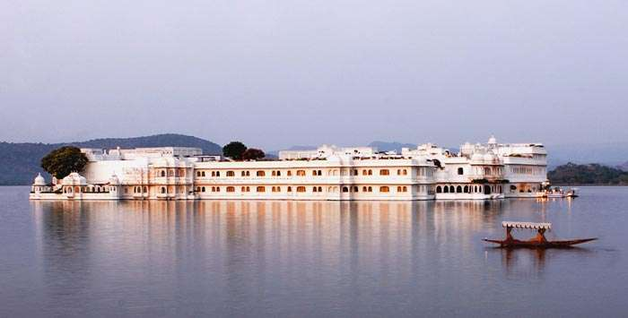 Pristine lake and the Jag Mandir Palace