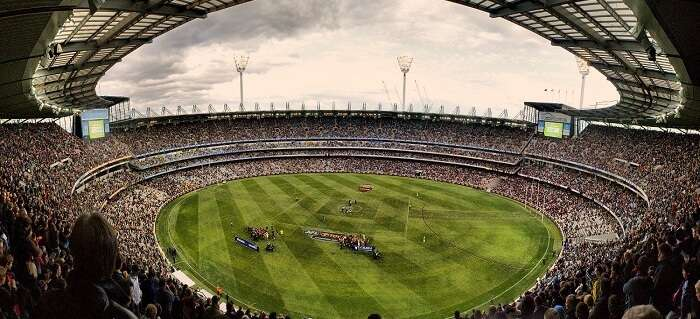 A football match in the spectacular MCG