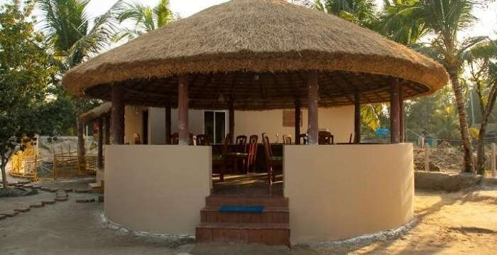 Enjoy homemade meals at the open air restaurant at Solitary Nook Resort