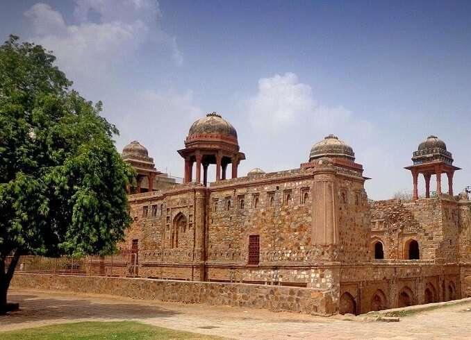 "Jahaaz Mahal in Mehrauli"""