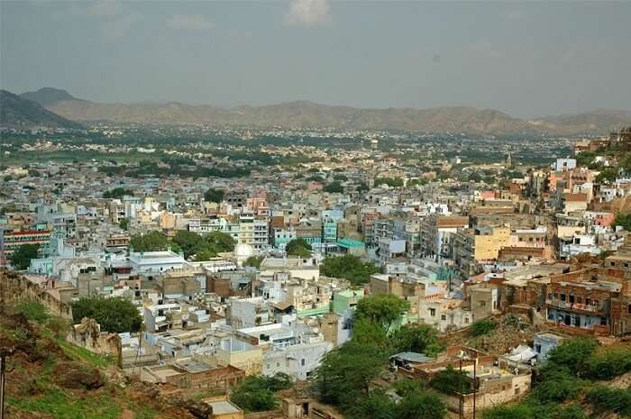 A wide-shot view of the city of unity – Ajmer